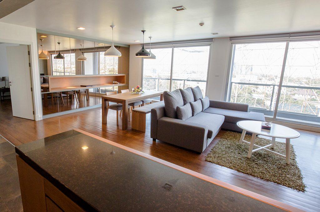 803_living room3