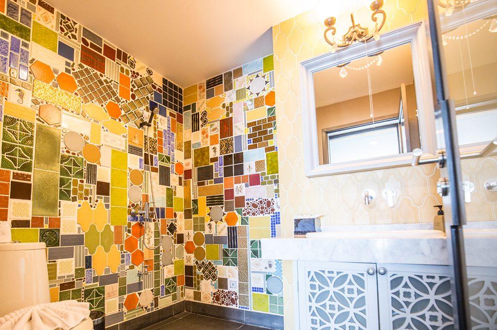 806_Bathroom1