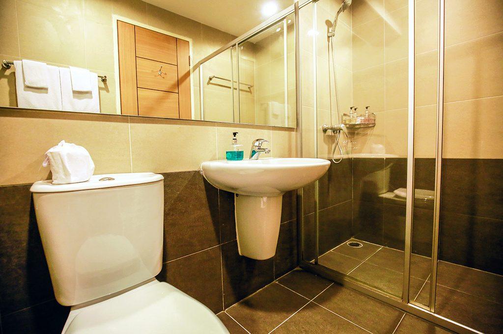 Bathroom_808