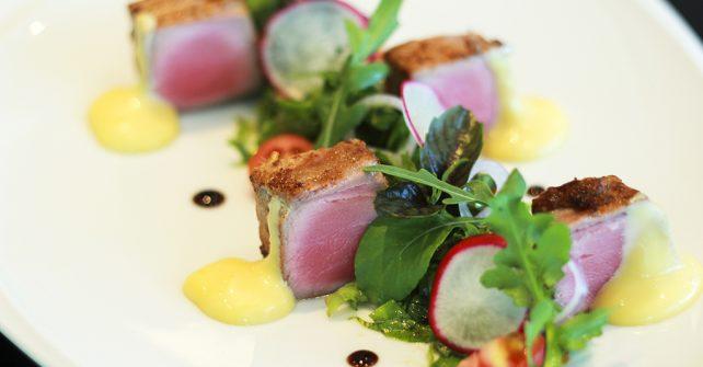Tuna Rocket Salad